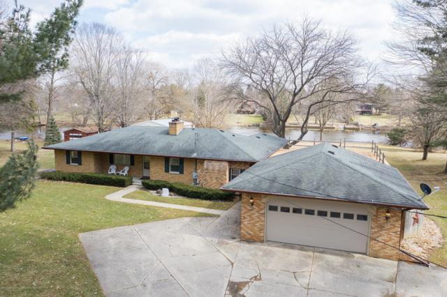 6458 Valley Trail, Dimondale, MI 48821 (MLS #234652) :: Real Home Pros