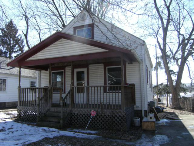 1216 Parkview, Lansing, MI 48912 (MLS #234723) :: Real Home Pros