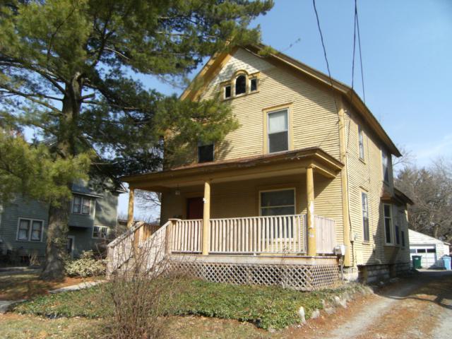 732 W Shiawassee Street, Lansing, MI 48915 (MLS #234978) :: Real Home Pros