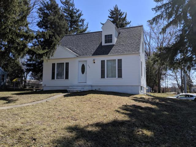 537 W Bellevue Street, Leslie, MI 49251 (MLS #235112) :: Real Home Pros