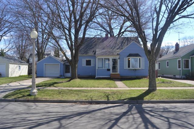 920 Stanley Street, Lansing, MI 48915 (MLS #235647) :: Real Home Pros