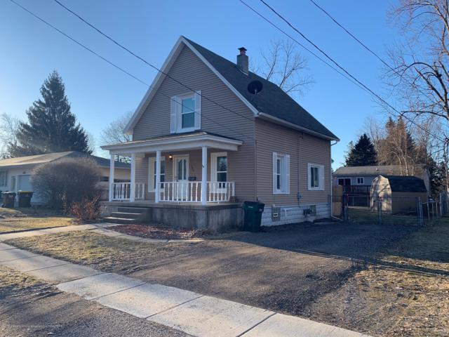 134 Elm Street, Grand Ledge, MI 48837 (MLS #236029) :: Real Home Pros