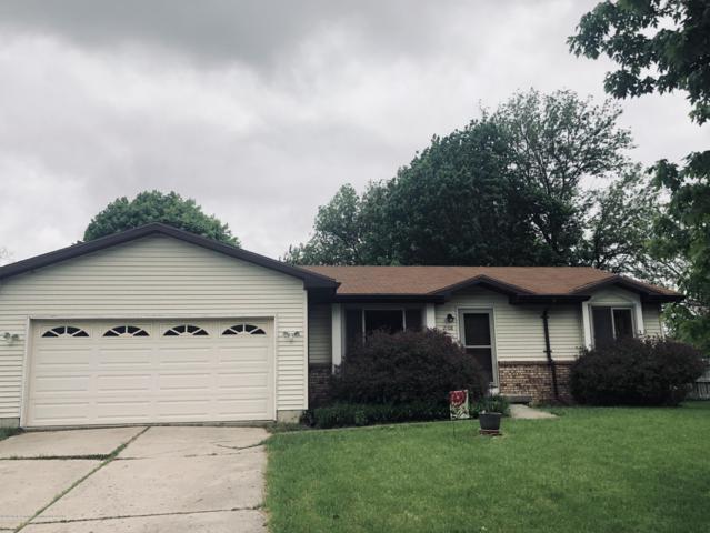 2108 Desoto Drive, Lansing, MI 48911 (MLS #236714) :: Real Home Pros