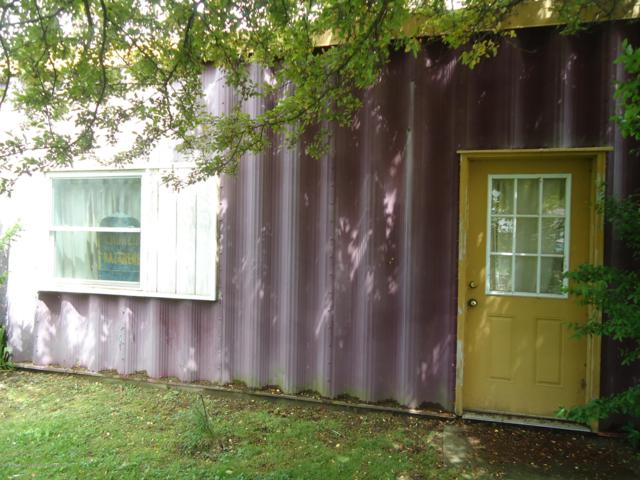 121 S Hartel Rd Road, Potterville, MI 48876 (MLS #237295) :: Real Home Pros