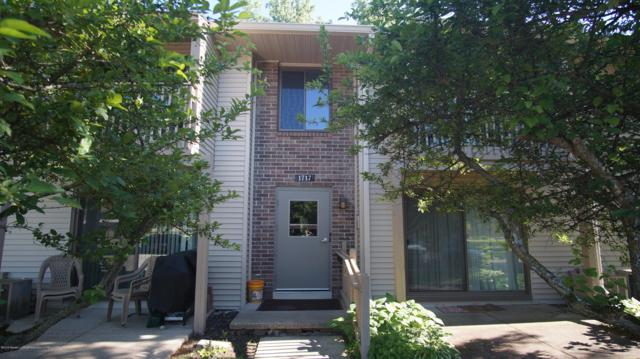 1717 Maple Ridge #46, Haslett, MI 48840 (MLS #237431) :: Real Home Pros