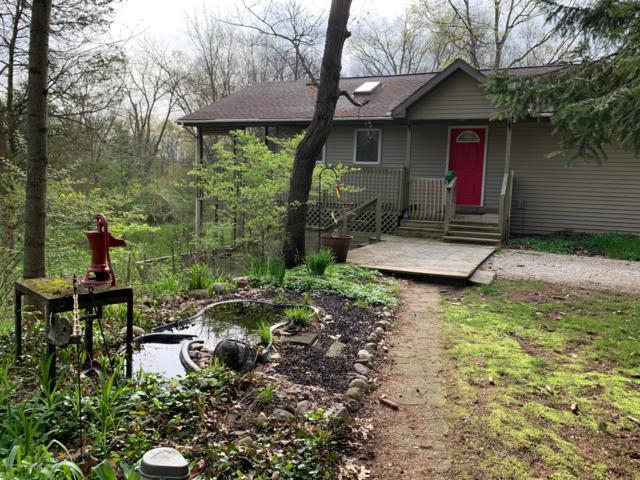 12051 Charlotte Highway, Portland, MI 48875 (MLS #237594) :: Real Home Pros