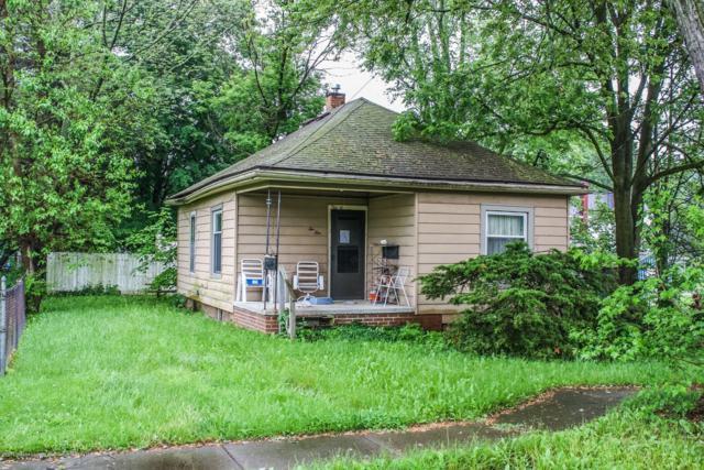 210 Ledge Street, Grand Ledge, MI 48837 (MLS #237657) :: Real Home Pros