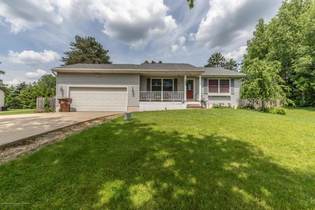7958 Hillcrest Drive, Laingsburg, MI 48848 (MLS #237746) :: Real Home Pros