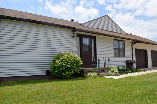 472 Red Cedar Boulevard #1, Williamston, MI 48895 (MLS #238316) :: Real Home Pros