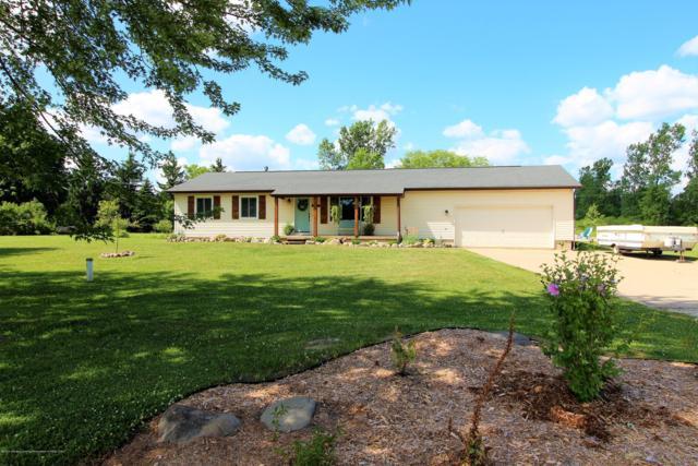 5955 Long Highway, Eaton Rapids, MI 48827 (MLS #238677) :: Real Home Pros