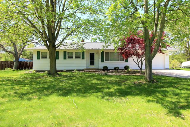 2752 S Canal Road, Eaton Rapids, MI 48827 (MLS #238690) :: Real Home Pros