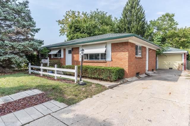 3506 W Willow Street, Lansing, MI 48917 (MLS #240804) :: Real Home Pros