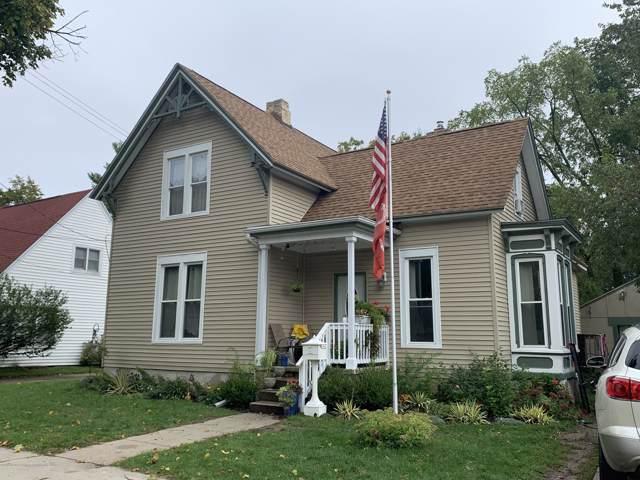 222 N Clinton Street, Charlotte, MI 48813 (MLS #241354) :: Real Home Pros