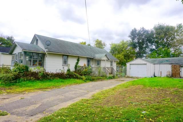 230 Watts Road, Jackson, MI 49203 (MLS #241525) :: Real Home Pros