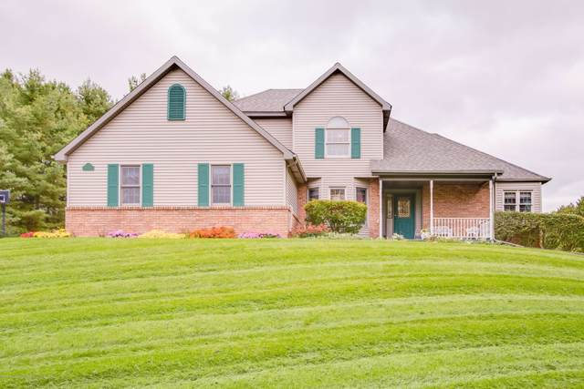 6250 Swan Drive, Potterville, MI 48876 (MLS #241662) :: Real Home Pros