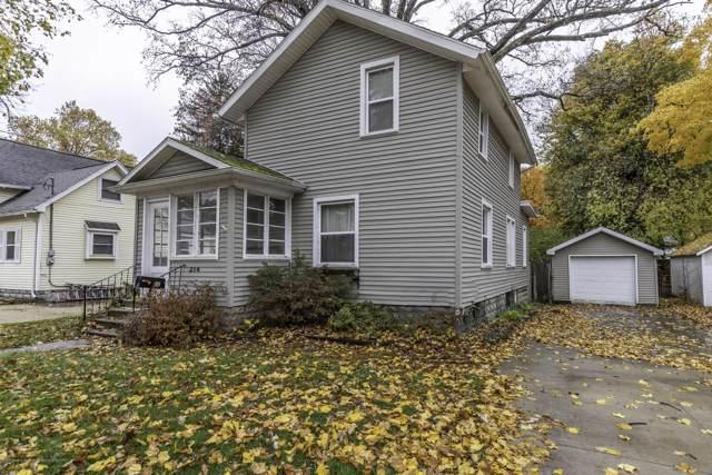 214 S East Street, Eaton Rapids, MI 48827 (MLS #242261) :: Real Home Pros