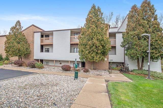 1460 E Pond Drive #35, Okemos, MI 48864 (MLS #242368) :: Real Home Pros