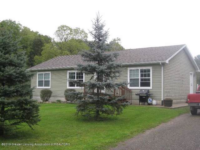 2442 Scout Road, Eaton Rapids, MI 48827 (MLS #242471) :: Real Home Pros