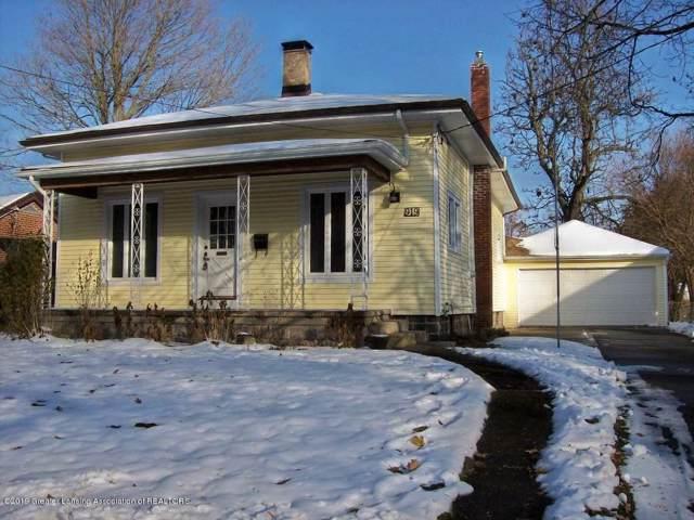 919 Degroff Street, Grand Ledge, MI 48837 (MLS #242561) :: Real Home Pros