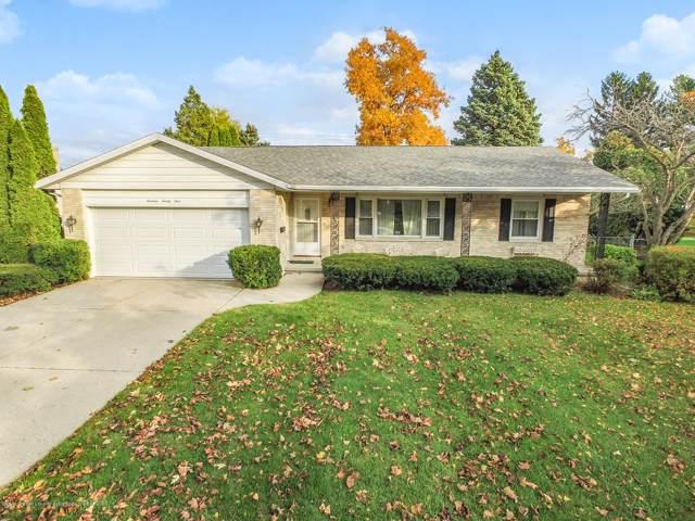 1424 Homer, Lansing, MI 48912 (MLS #242615) :: Real Home Pros