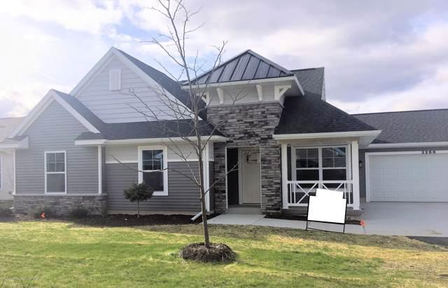 3266 Hamlet Circle, East Lansing, MI 48823 (MLS #243018) :: Real Home Pros