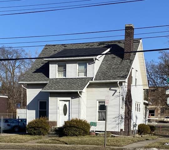 221 S Larch Street, Lansing, MI 48912 (MLS #244255) :: Real Home Pros