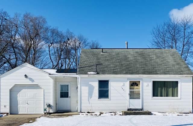 1001 Maycroft, Lansing, MI 48917 (MLS #244600) :: Real Home Pros