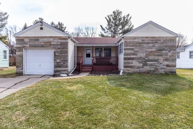 3909 W Willow Highway, Lansing, MI 48917 (MLS #244667) :: Real Home Pros