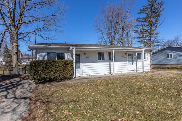 1621 Parkvale Avenue, East Lansing, MI 48823 (MLS #244784) :: Real Home Pros