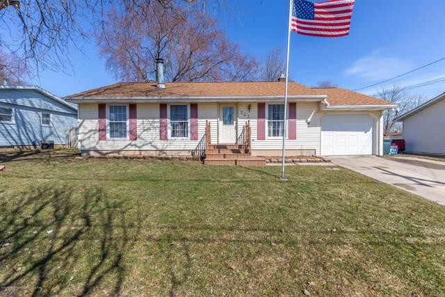 943 Eugenia Drive, Mason, MI 48854 (MLS #244787) :: Real Home Pros