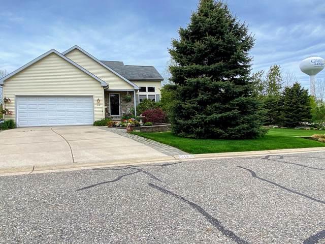 218 E Chester Drive #23, Grand Ledge, MI 48837 (MLS #246205) :: Real Home Pros
