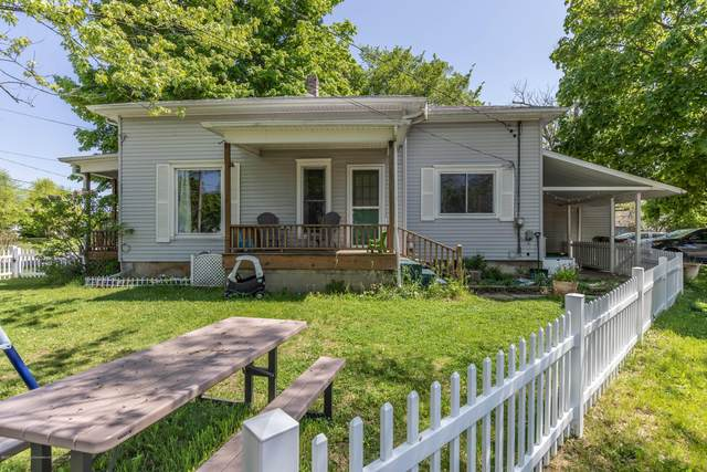 715 Park Street, Grand Ledge, MI 48837 (MLS #246337) :: Real Home Pros