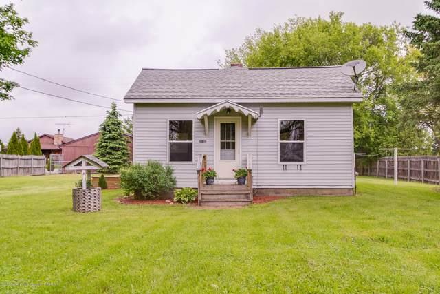 11107 Plains, Eaton Rapids, MI 48827 (MLS #246434) :: Real Home Pros