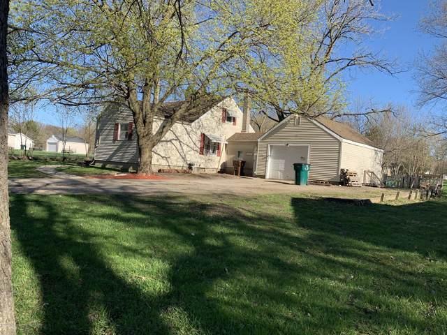 1614 Reo Road, Lansing, MI 48910 (MLS #246819) :: Real Home Pros