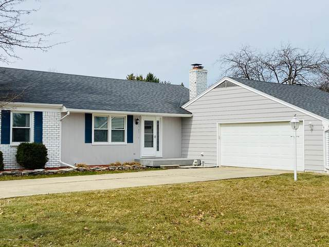 10965 Countryside Drive, Grand Ledge, MI 48837 (MLS #247027) :: Real Home Pros