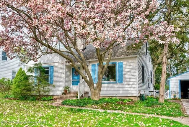 324 Highland Avenue, East Lansing, MI 48823 (MLS #247113) :: Real Home Pros