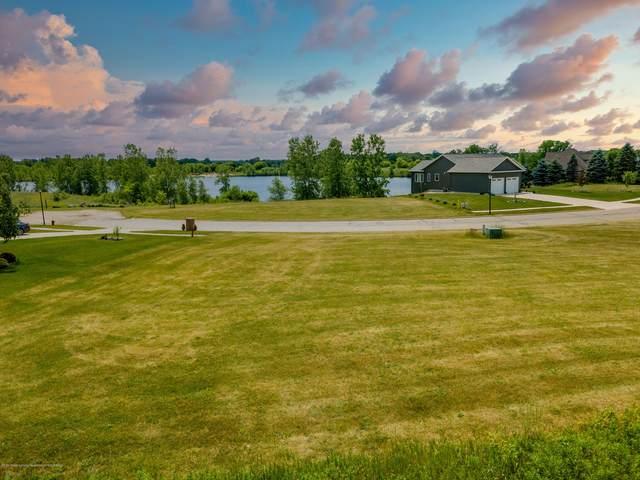 3563 Daryls Way, Charlotte, MI 48813 (MLS #247258) :: Real Home Pros