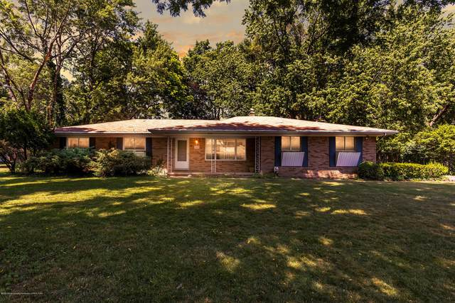 2948 Briarcliff Drive, East Lansing, MI 48823 (MLS #247553) :: Real Home Pros