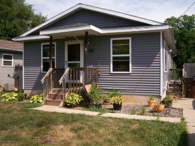 636 W Carrier Street, Lansing, MI 48906 (MLS #247626) :: Real Home Pros