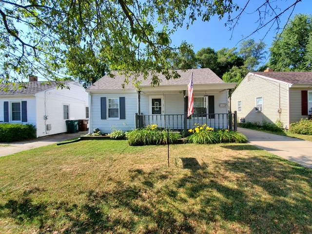 1129 W Rundle, Lansing, MI 48910 (MLS #247630) :: Real Home Pros