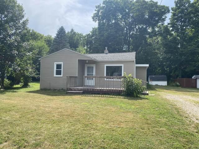 6224 Daft Street, Lansing, MI 48911 (MLS #247820) :: Real Home Pros
