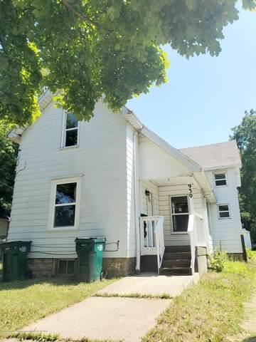 930 Cleveland Street, Lansing, MI 48906 (MLS #248570) :: Real Home Pros