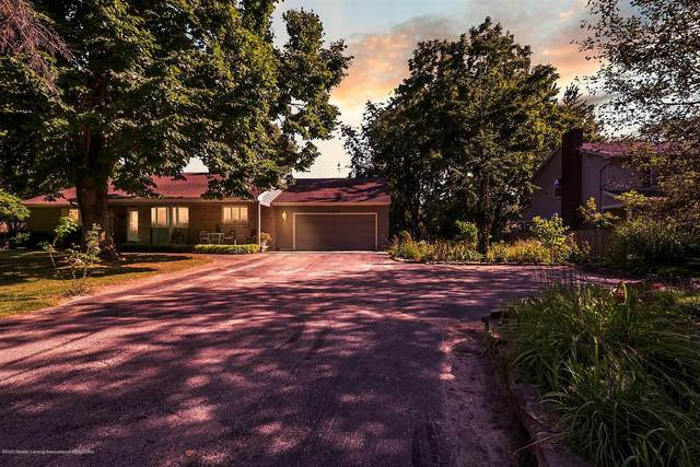 2875 E Lake Lansing Road, East Lansing, MI 48823 (MLS #248894) :: Real Home Pros
