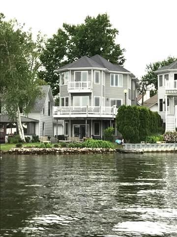 6052 Columbia Street, Haslett, MI 48840 (MLS #249077) :: Real Home Pros
