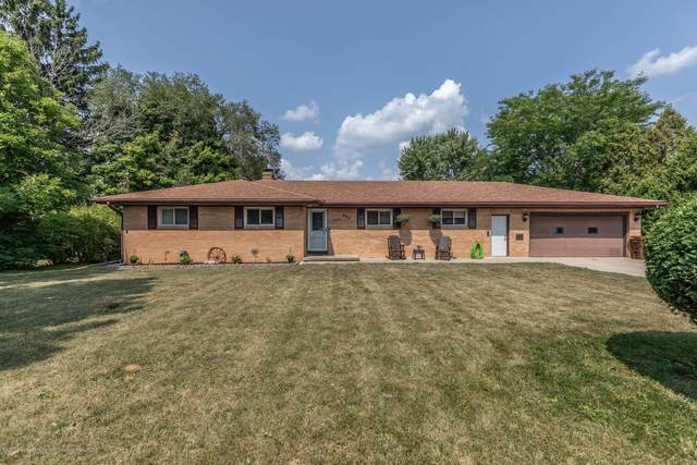 802 W Park Street, St. Johns, MI 48879 (MLS #249141) :: Real Home Pros