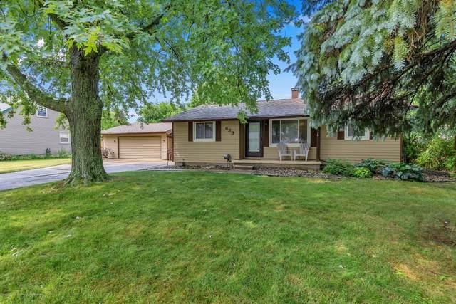 429 Iris Avenue, Lansing, MI 48917 (MLS #249240) :: Real Home Pros