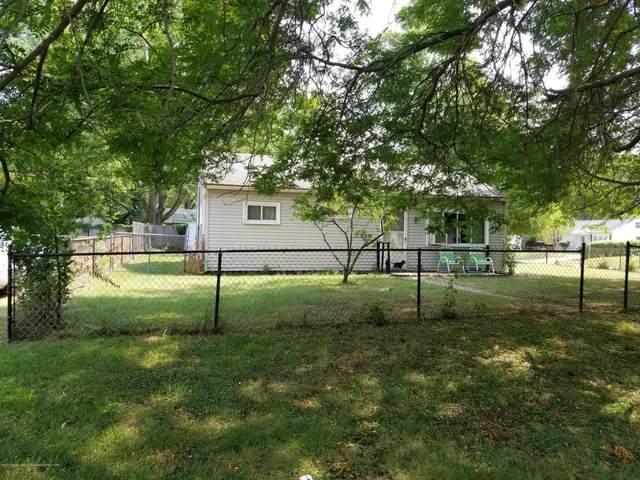 1414 Pompton Circle, Lansing, MI 48910 (MLS #249391) :: Real Home Pros