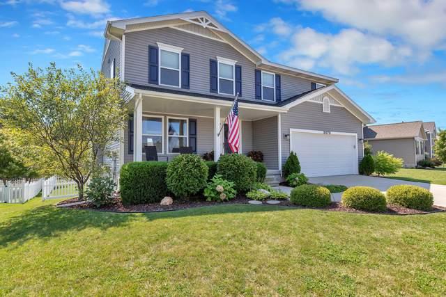 3075 Moccasin Drive, Dewitt, MI 48820 (MLS #249461) :: Real Home Pros