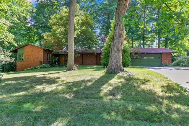 4149 W Willow Highway, Lansing, MI 48917 (MLS #249655) :: Real Home Pros