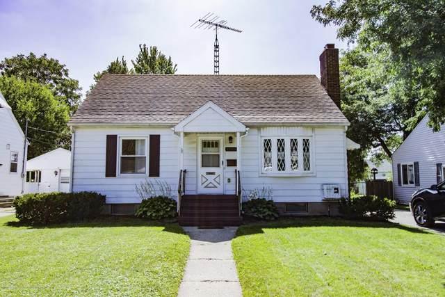 1515 Berkeley Drive, Lansing, MI 48910 (MLS #249656) :: Real Home Pros
